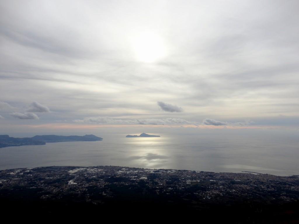 Виды на Неаполитанский залив с Везувия