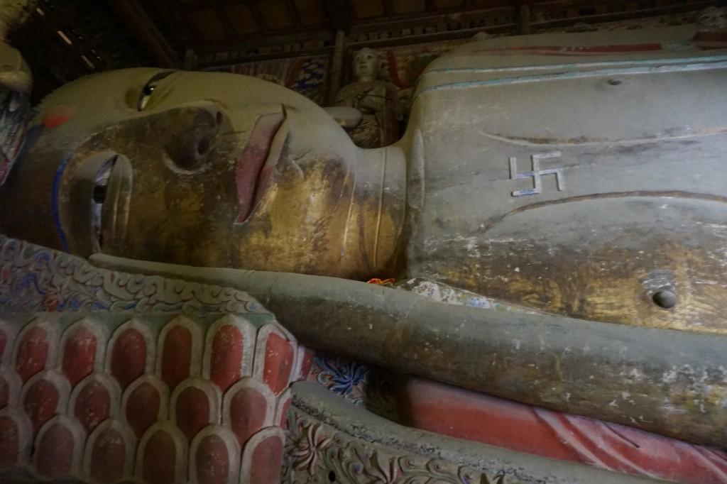 Большой лежачий будда, г.Чжанье, Китай